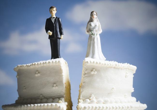 Divorce Cake.jpg